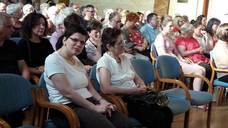 Üveges Katalin és édesanyja a koncerten. Fotók: a szerző