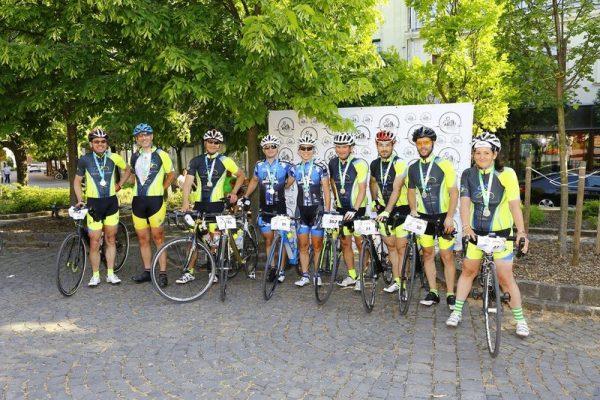 Célban a 40+ nevű csapat. Fotók: Veszprémi Kerékpáros Egyesület
