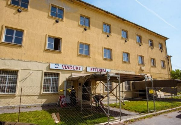 Ezt az épületet alakítja munkásszállóvá az önkormányzat. Fotó: veszprem.hu