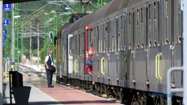 Induló vonat. Fotó: balatontipp.hu/Győrffy Árpád