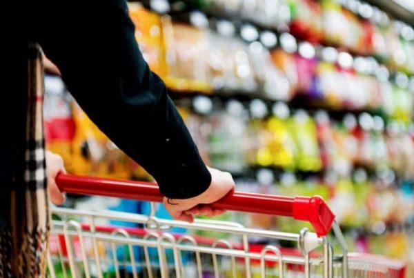 Legtöbbet, fejenként havonta 22,5 ezer forintot – az előző évinél 2101 forinttal többet – élelmiszerekre és alkoholmentes italokra költött a lakosság. Fotó: internet