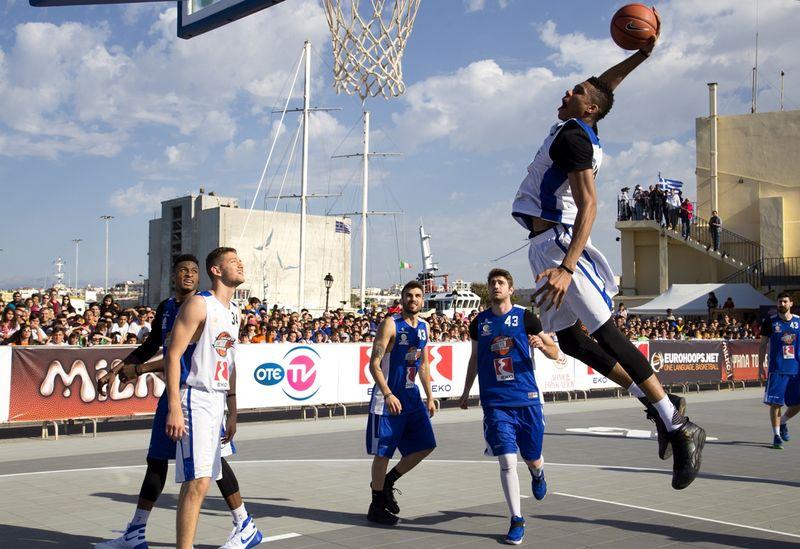 Az NBA játékosai ugyan nem lépnek fel szombaton a Kossuth utcán, de mindenki más előtt nyitva a lehetőség. Fotó: internet