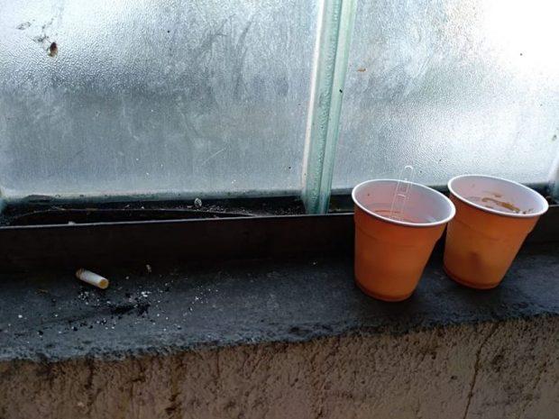 Csikkek mellett kávéspikszlik