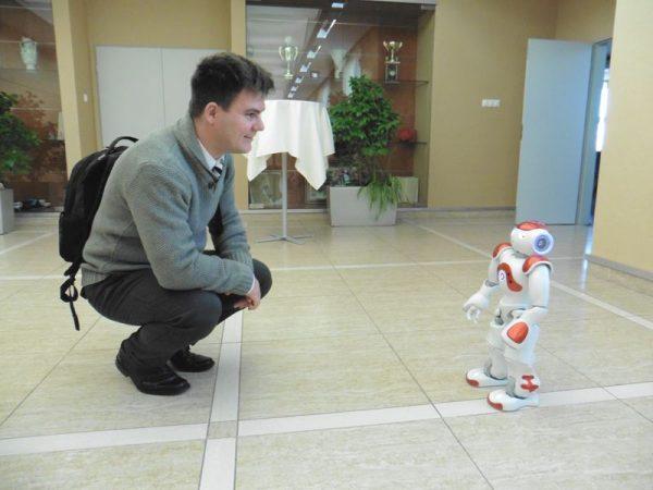 A robot is bemutatkozott. Fotók: a szerző