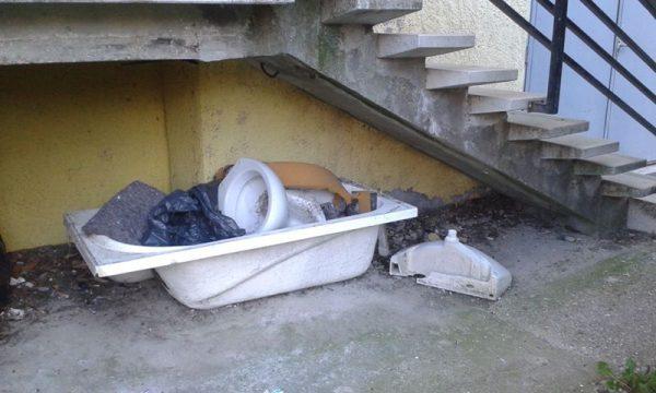 A lépcsőház lakót. Fotók: olvasónktól