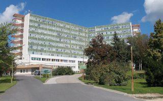 ÚJABB FELMONDÁSOK – Kiürült a bérügy (is) az ajkai kórházban
