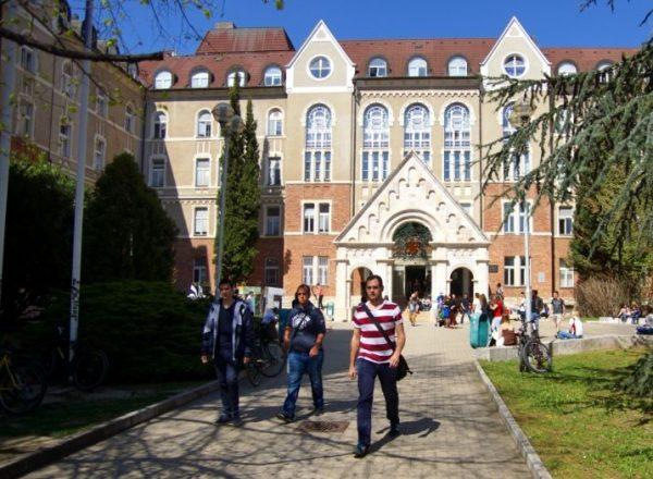 A képen a Pécsi Tudományegyetem egyik épülete. Fotó: Babos Attila/Szabad Pécs