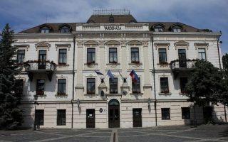 VÁROSHÁZA – Drága hőszigetelés