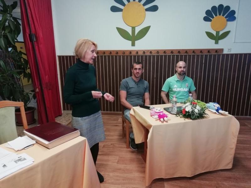 Dr. Górné Fazekas Ágnes igazgató köszönti a vendégeket