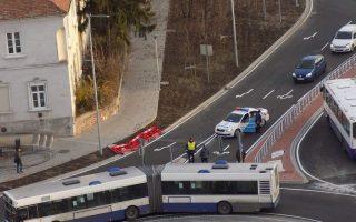ÉGI JEL – Új körforgalomhoz új buszokat!