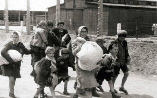 HOLOKAUSZT – Kétszáz eredeti fotó a pokolból