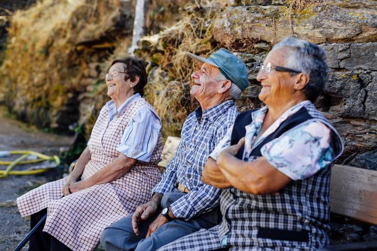 Spanyol nyugdíjasok. Hosszú életűek lesznek