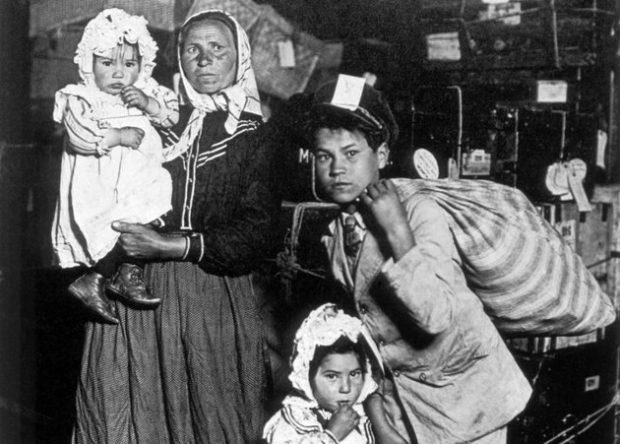 Az ígéret földjére a bevándorlási ellenőrző állomáson, Ellis Islanden keresztül vezetett az út. Fotó: mult-kor.hu