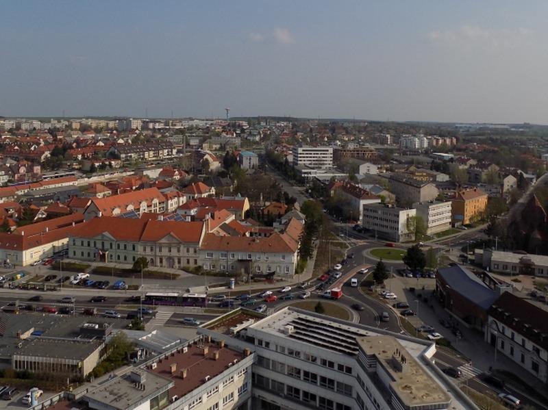 A dupla körforgalom délután négykor. Fotó: Veszprém Kukac