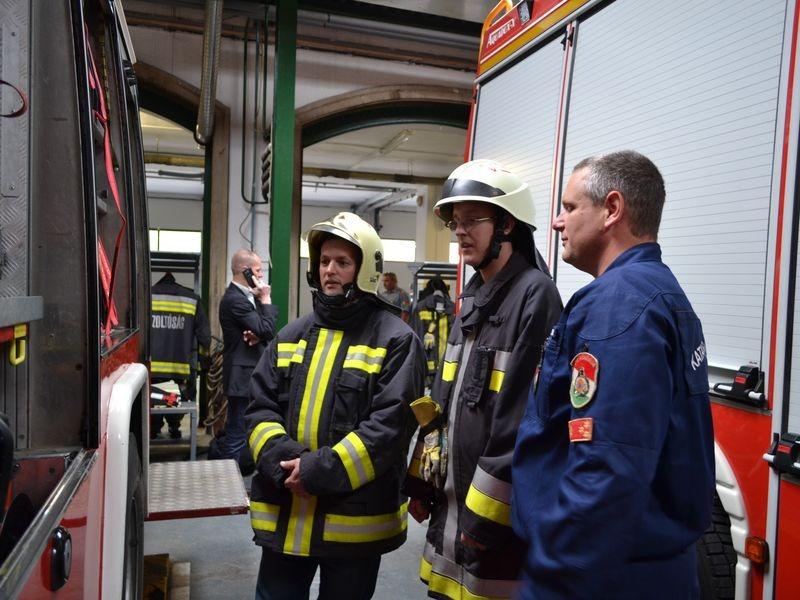 Tűzoltók fél napra