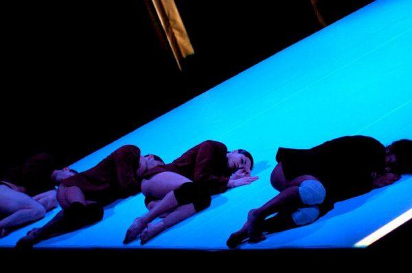 Egy pillanat a fődíjas előadásból. Fotó: frenak.hu