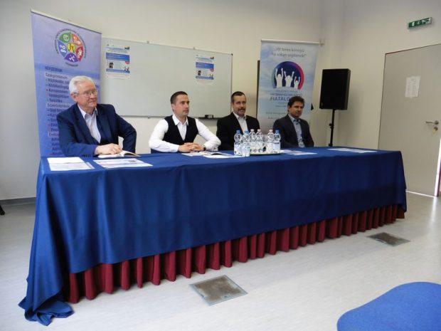 A sajtótájékoztató résztvevői balról jobbra: Szemes György, Ovádi Péter, Gulkai László és Szabó Péter. Fotó: a szerző