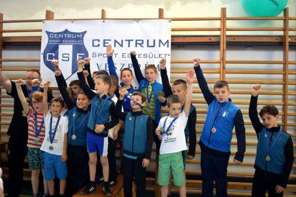 A győztes csapat. Fotók: Centrum SE