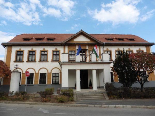 A veszprémi közigazgatási bíróság épülete. Fotó: Veszprém Kukac archív
