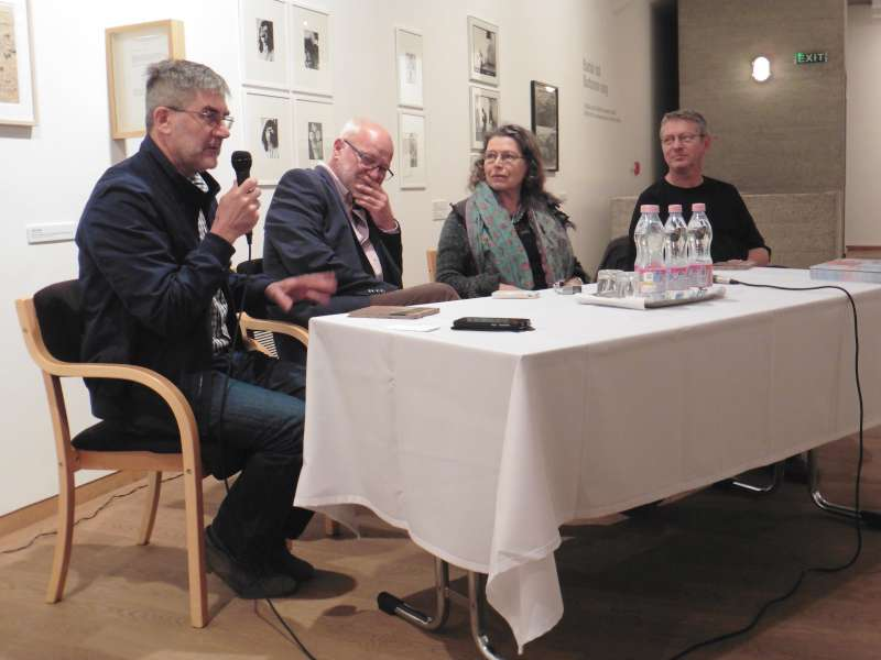 Az alkotók (balról jobbra): Ladányi István, Géczi János, Ladik Katalin, Beszédes István