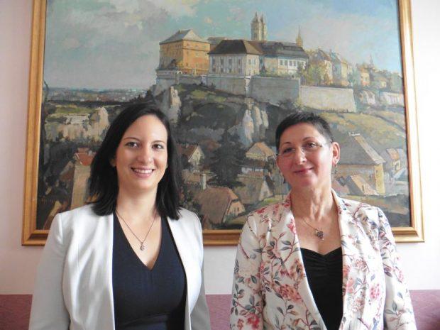 Hegedűs Barbara és Brányi Mária alpolgármesterek