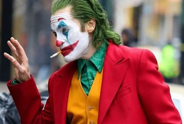 Joaquin Phoenix zseniális Joker szerepében