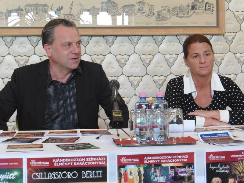 Oberfrank Pál igazgató és Kellerné Egresi Zsuzsanna igazgatóhelyettes a sajtótájékoztatón. Fotó: a szerző