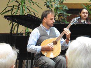 Nagy Gergely gitáros a Pannon Egyetemen szerezte második diplomáját környezetvédelmi szakmérnökként