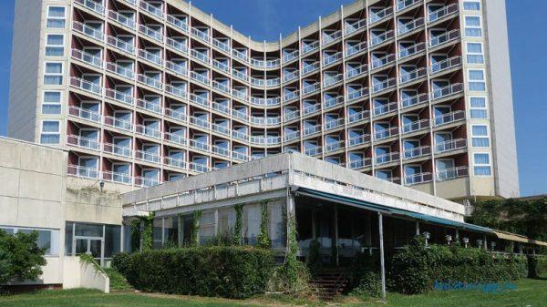 Nagysága, helyzete alapján a keszthelyi Hotel Helikon is jogosult lehet a szállodai fejlesztési támogatásra. Fotó: Győrffy Árpád