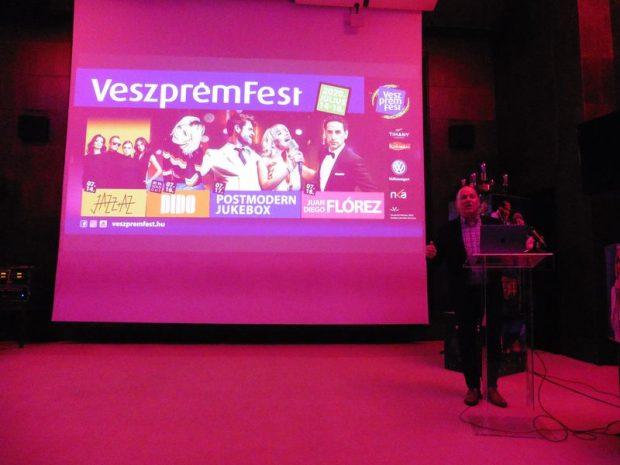A fesztivál plakátja. Fotók: a szerző