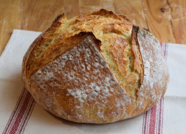 Akárhányszor jó ebédet főzök, vagy most, hogy kenyeret sütök, rájuk gondolok. Hogy küldhetnék belőle? Sehogy. Képünk illusztráció