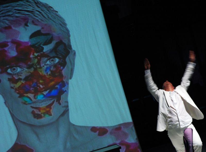 Pillanatfelvétel az előadásból. Fotó: akosbanki.blogspot.com