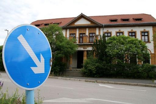 A Veszprémi Törvényszék épületet. Fotó: Veszprém Kukac archív
