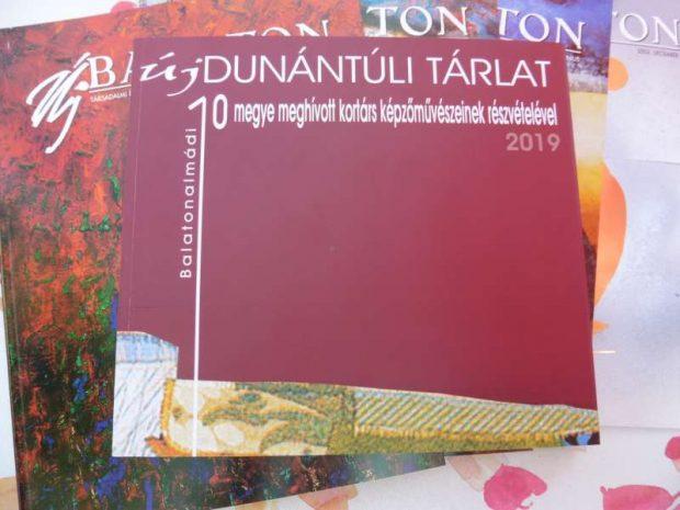Az Új Dunántúli Tárlat gyönyörű katalógusának címoldala