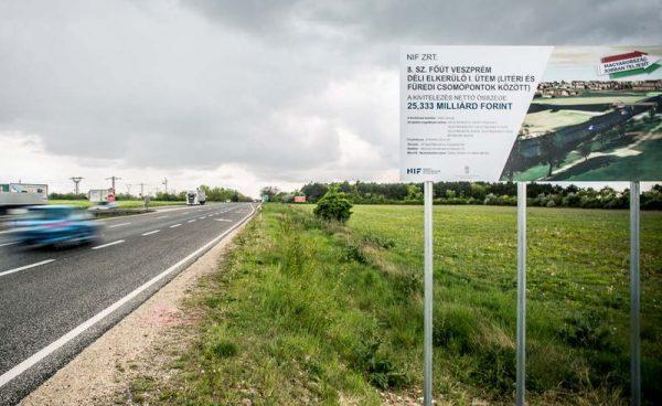 Kíváncsiak vagyunk, hogyan vélekedik a lakosság a nyolcas bővítéséről. Fotó: veol.hu