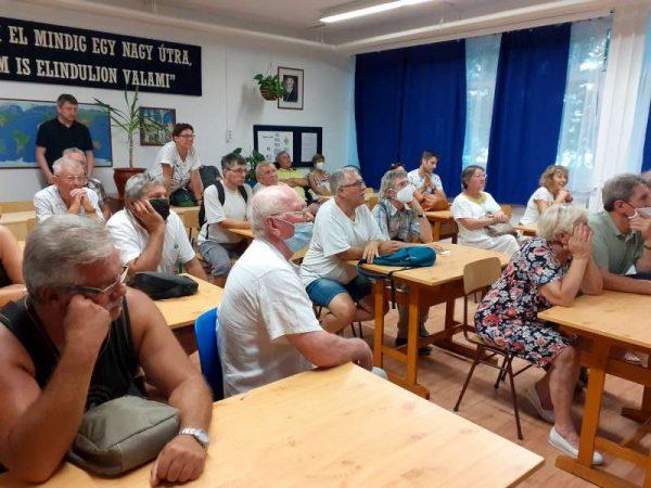 A lakossági fórum résztvevői. Fotók: a szerző és Veszprém Kukac archív