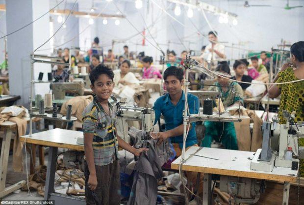 Gyermekmunka Bangladesben. Forrás: Casillas/REX Shutterstoc