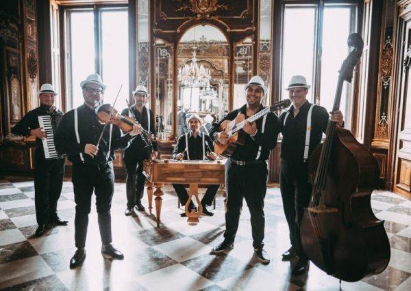 A Swing à la Django is fellép a harmadik Bondorón