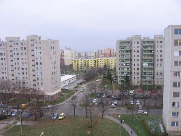 A panellakások ára csökkent Veszprémben. Fotó: mapio.net