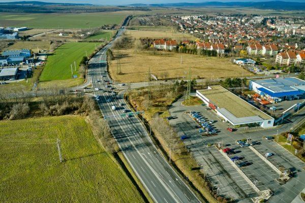 Az almádi úti csomópont a munkálatok megkezdése előtt. Fotó: vehir.hu