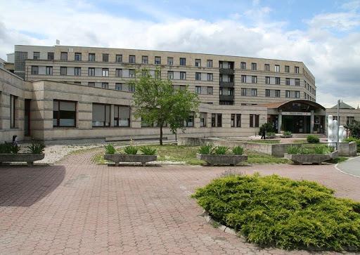 A Csolnoky kórházban kapják meg az egészségügyi dolgozók a védőoltást. Fotó: Veszprém Kukac archív