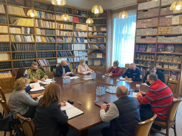 A Veszprém Megyei Kormányhivatal Oltási Munkacsoportjának ülése. Fotó: kormányhivatal