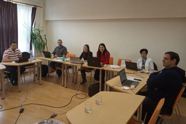 A megbeszélés résztvevői. Fotó: VEDAC