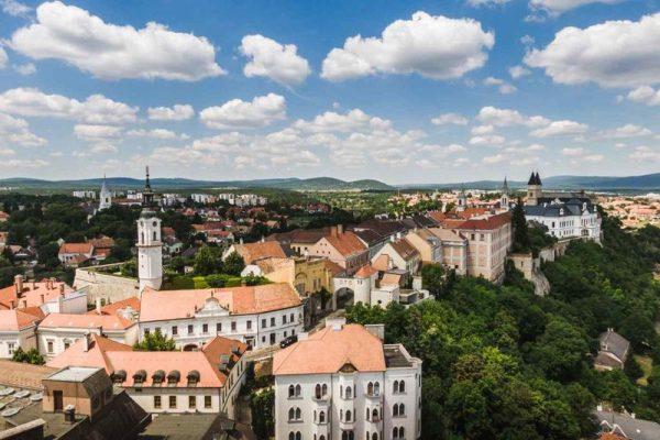 2020-hoz képest duplájára fog nőni Veszprém hitelállománya, közel 2100 millió forintra. Fotó: veszpreminfo.hu